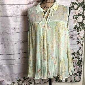 LC Lauren Conrad sleeveless pleated Top